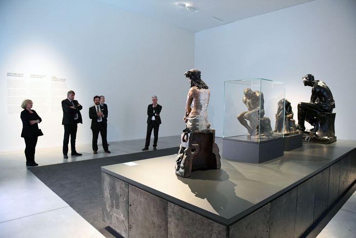 Museum M is op zoek naar tien deelnemers voor een experiment.