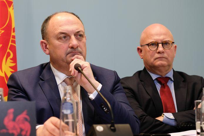 Jean-Luc Crucke, le ministre wallon du Budget, aux côtés de Willys Borsus, le ministre régional de l'Economie.