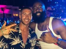 Salah geniet van vakantie, Harden en Ramos stappen op Ibiza