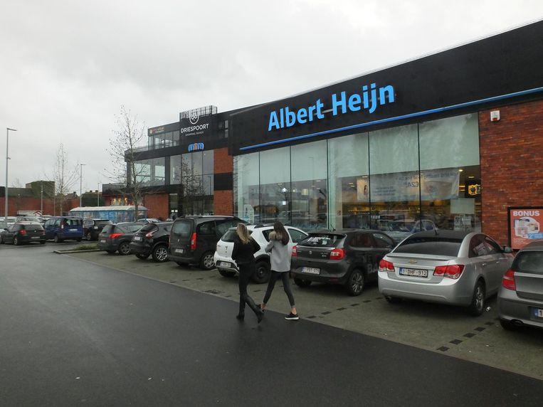 Blok A van het controversiële winkelcentrum Driespoort.