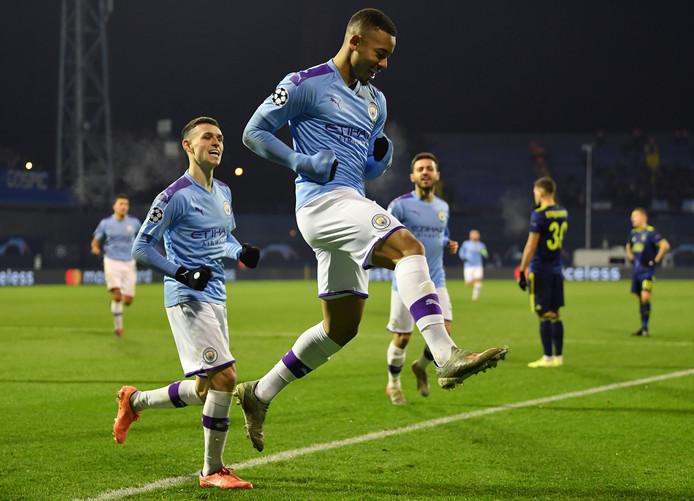 Manchester City-spits Gabriel Jesus juicht na zijn goal in Zagreb.