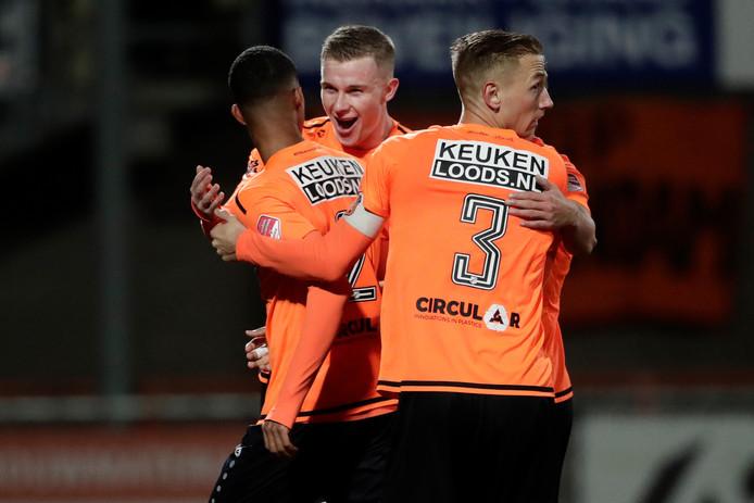 FC Volendam viert een feestje na de gelijkmaker van Noah Fadiga tegen MVV.