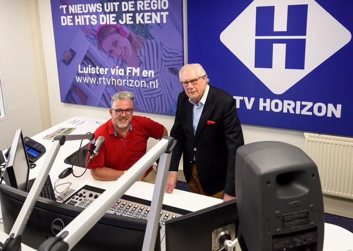 Jan Waterschoot en Rolf Simons, bestuursleden van RTV Horizon, in de nieuwe studio in Maarheeze eerder dit jaar.