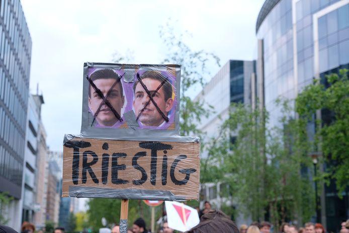 De betogers viseerden het Vlaams Belang.