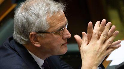 """""""Optrekken van uitkeringen tot armoedegrens kost 1,2 miljard euro"""""""