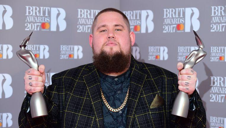 Rags'n'Bone Man mocht woensdag nog twee Brit awards in ontvangst nemen: die voor 'Critic's Choice' en 'Beste Doorbraak'.