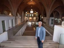In oude Theresiakerk van Borne voert nu een trap naar de hemel