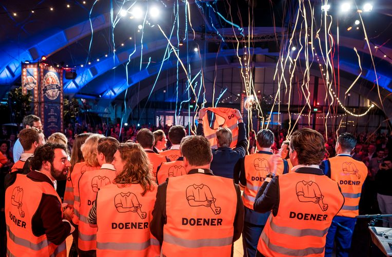 Op het VVD-congres van 2018 presenteerde de VVD zich nog nadrukkelijk als ondernemerspartij met een afkeer van grote staatsbemoeienis. De liberalen lijken op dat standpunt nu terug te komen. Beeld LEX VAN LIESHOUT/ANP