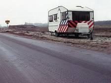 Deze politiecaravan op Langerak was slechts een paar weken open