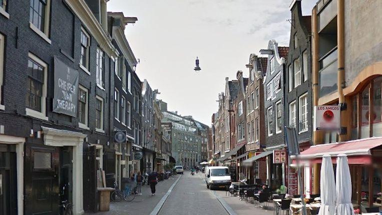 In de Reguliersdwarsstraat brak de caféruzie uit. Beeld Google Street View