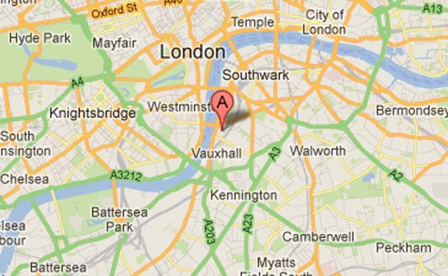 L'hélicoptère s'est écrasé dans le quartier de Lambeth, au sud de la Tamise