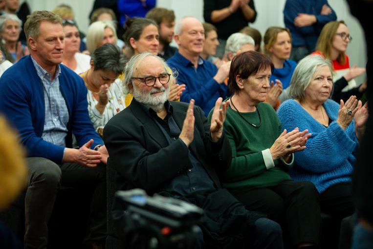 Het publiek in de assisenzaal applaudisseerde luid bij het uitspreken van de vrijspraak.