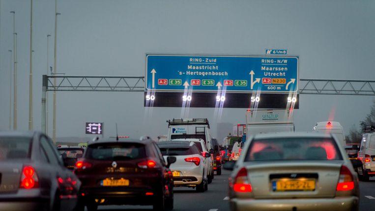 Grote verkeershinder op de A2 tussen Amsterdam en Utrecht Beeld anp
