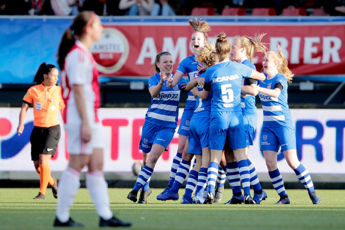 PEC Zwolle won het toernooi in Loil