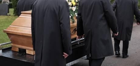 Hogere sterfte door corona wordt zichtbaar, behalve in Flevoland en Overijssel