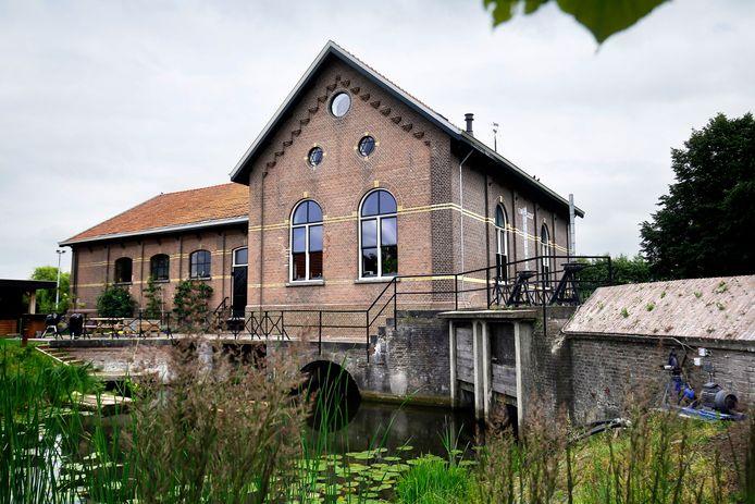 Het woonhuis bij stoomgemaal De Drie Sluizen.