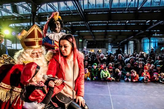 Een eerder bezoek van Sinterklaas aan de Wagenmakerij.