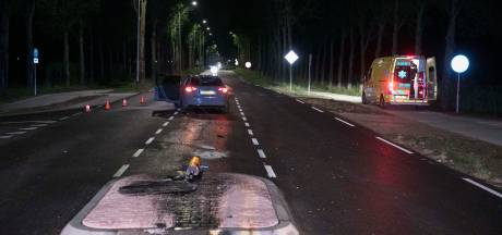 Automobilist ziet nieuwe vluchtheuvel bij Elst over het hoofd en raakt gewond