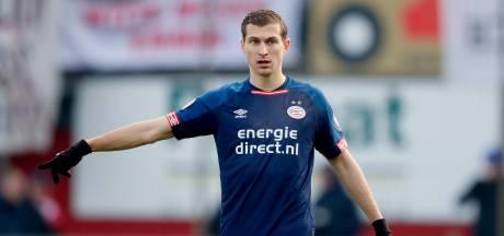 PSV'er Daniel Schwaab kritisch na remise in Emmen: 'Dit mag niet gebeuren'