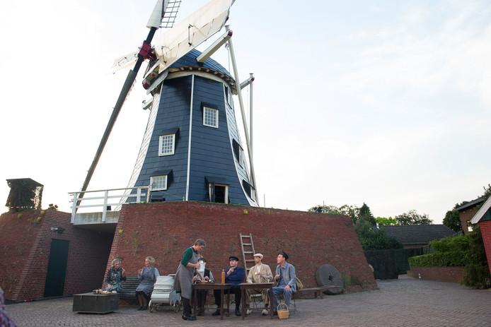 Openluchtspel TOEP bij de Bataafse Molen in Winterswijk.