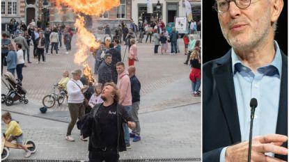 """Pierre Van Damme over massa in Dendermonde: """"Als we dit vaker zien, zullen we mondmaskers moeten verplichten"""""""