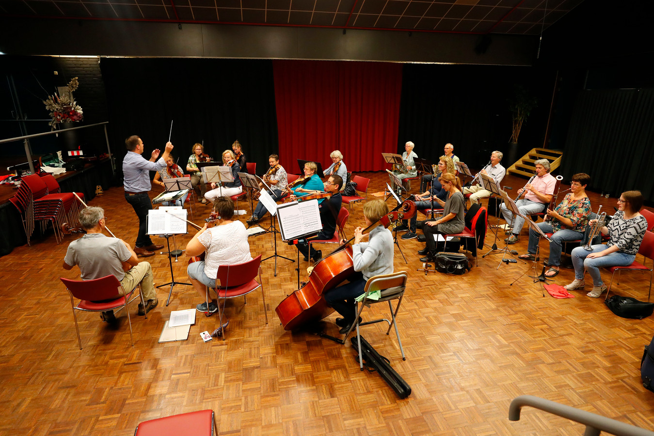 Een repetitie van het Valkenswaardse Kamerorkest.