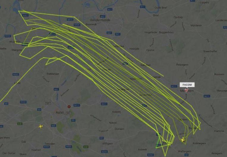Dit traject heeft het vliegtuig afgelegd om een thermografische luchtfoto van de huizen te kunnen maken.