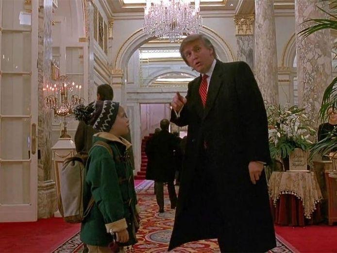 """Donald Trump fut """"honoré"""" d'avoir fait une brève apparition dans le film """"Maman j'ai encore raté l'avion!"""""""