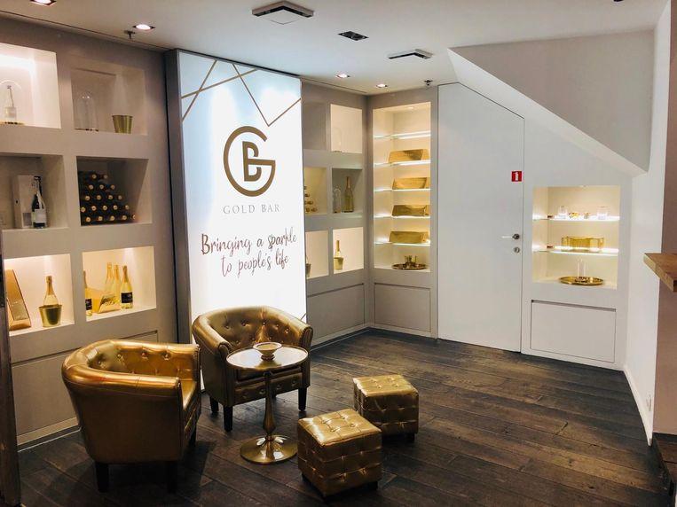 Vanaf zaterdag kun je voor het goede doel een vleugje goud toevoegen aan je koffie of gebak in deze pop-up in Grand Bazar Antwerp
