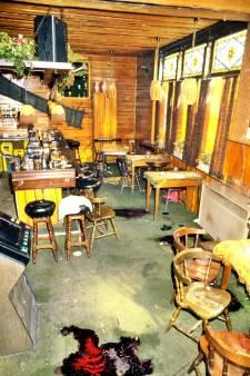 Johan zat onder de bar toen 'Ted de Turk' zes mensen doodschoot: 'Gratie voor hem is een koopje'