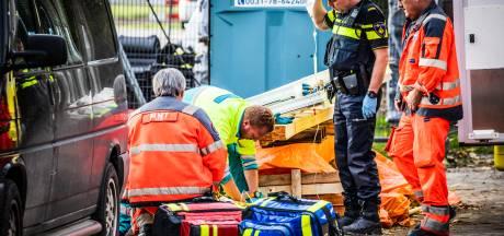 Man (53) raakt gewond bij werkzaamheden aan woning in 's-Gravendeel