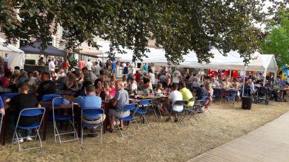 15de dorpsfeest in pastorietuin