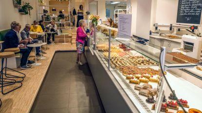 Vernieuwde winkel Bakkerij en patisserie  Ridder & Hove geopend