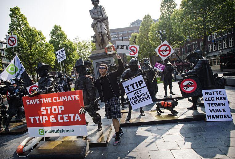 Protest tegen het handelsverdrag TTIP van de Europese Unie met de Verenigde Staten op 28 mei dit jaar Beeld anp