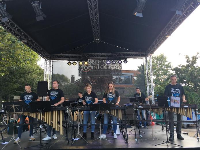 Ook DrumBeatz, de drum- en showband van Luctor et Emergo uit Renesse, is erbij