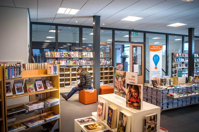 De bibliotheek in Beneden-Leeuwen.