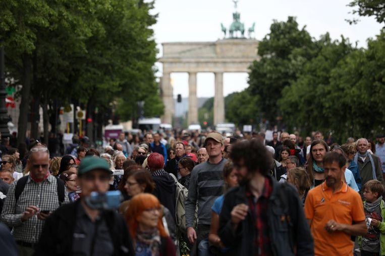 Aanwezigen op een demonstratie tegen de coronamaatregelen in Berlijn.
