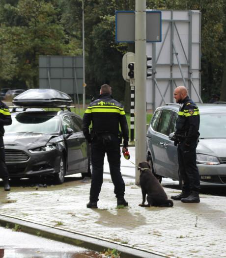 Vrouw gewond bij aanrijding Ockenburghstraat, agent ontfermt zich over hond