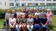 Vrijwilligers serveren 60 desserts in Klaverveld (en steunen mug-heli)
