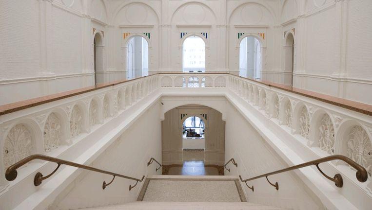 Interieur van het Stedelijk Museum. Foto Hogers&Versluys Beeld
