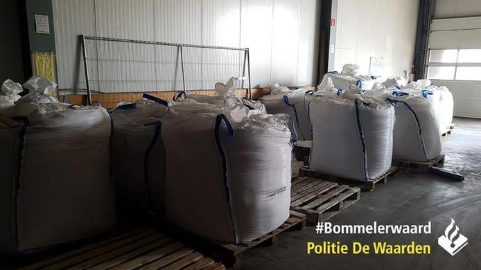 De 17.000 kilo waspoeder die gevonden werd in Poederoijen.