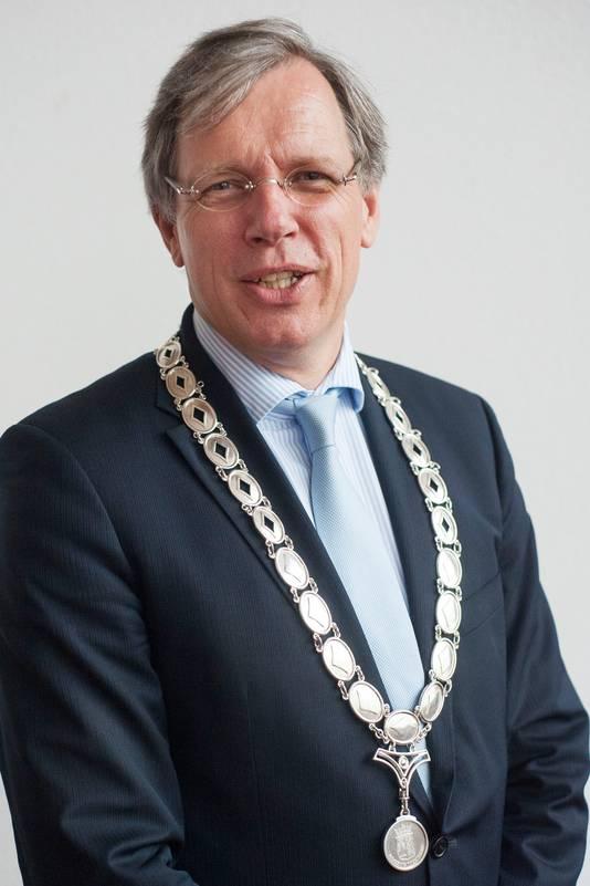Cornelis Visser was van 2010 tot 2017 burgemeester van Twenterand.