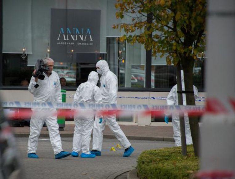 In oktober 2012 werd de Marokkaanse drugshandelaar Najib Bouhbouh doodgeschoten toen hij Crown Plaza Hotel in Antwerpen buitenkwam.
