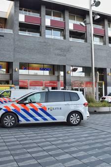 Man zwaargewond bij steekpartij Pieter Vreedeplein in Tilburg; verdachte aangehouden