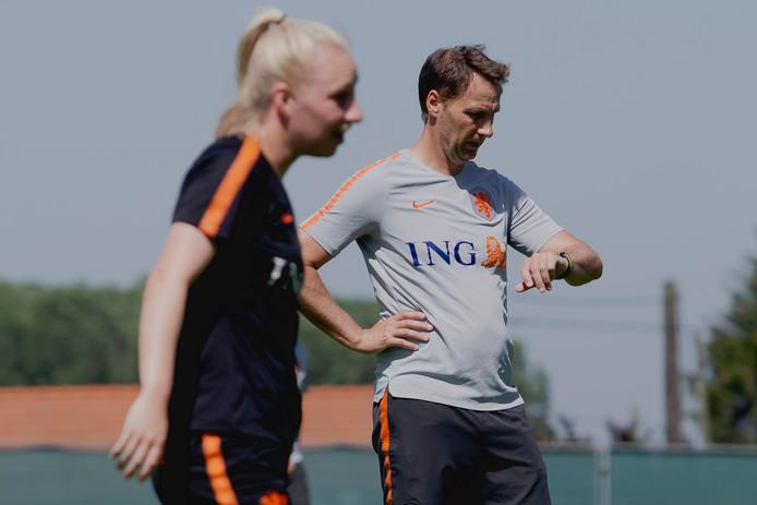 Assistent-bondscoach Michel Kreek tijdens het WK in Frankrijk.