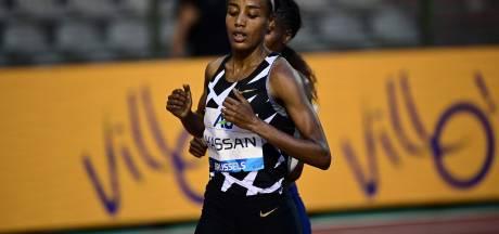 Sifan Hassan bat le record de l'heure féminin, record de Belgique pour Nina Lauwaert