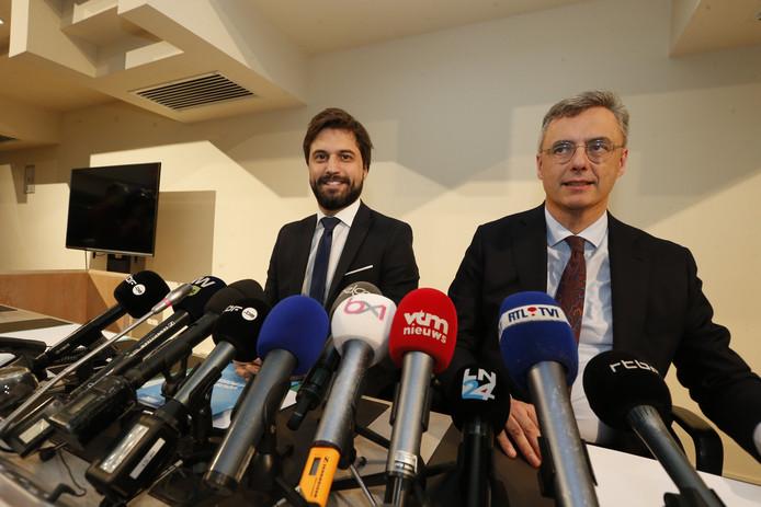 """Les """"informateurs"""" Georges-Louis Bouchez et Joachim Coens, en conférence de presse, mercredi matin"""