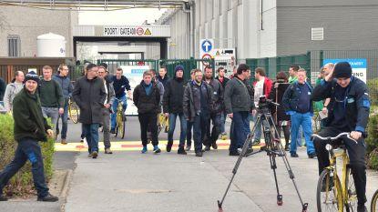 Boze Bekaert-werknemers blokkeren nog steeds hoofdingang, vakbonden voeren mediastilte in