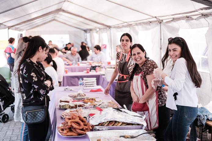 Open dag bij de Turkse vereniging Sihhat in Winterswijk.