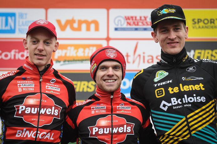 Het podium van vorig seizoen in Maldegem: Eli Iserbyt won voor Michael Vanthourenhout en Toon Aerts.